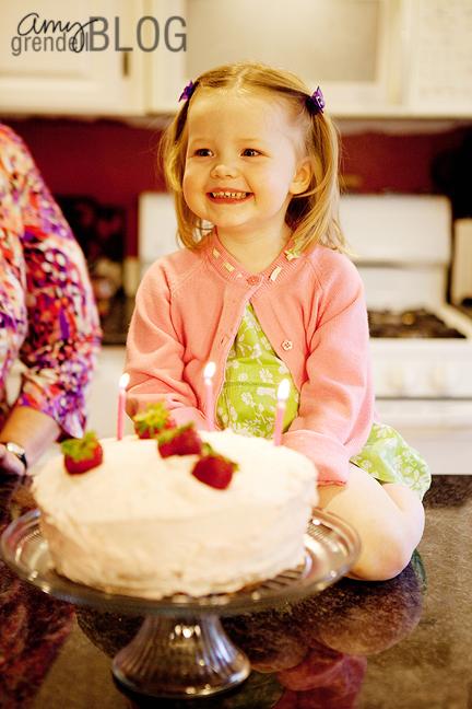 Hannah cake smile